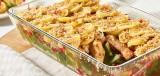 Ovenschotel met vis, groente en een aardappeldakje