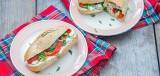 Italiaans broodje met light roomkaas en paprika