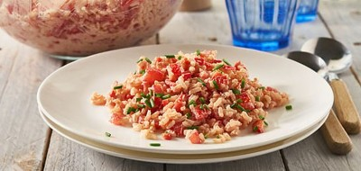 Rode rijstsalade