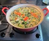 Groentesoep van groentebouillon